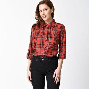 red tartan plaid 3/4 sleeve shirt
